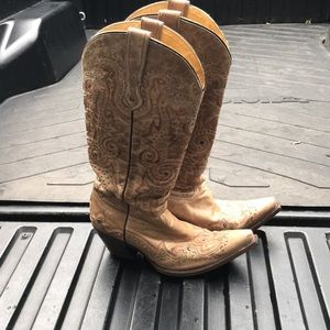 Corral tan studded cowboy boots size 10